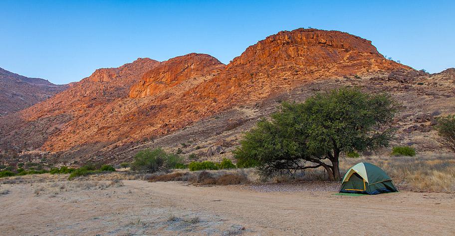 Namibia Adventures wandern durch dünen