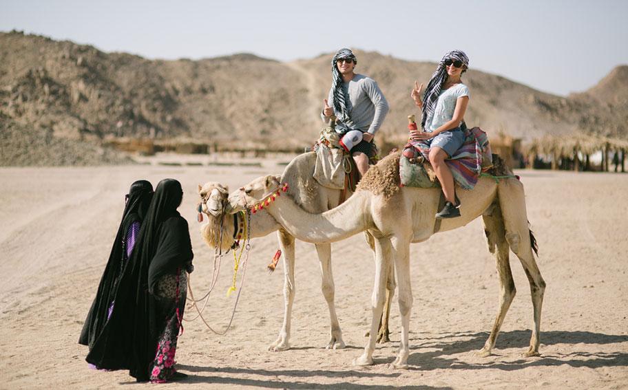 Marokko Hochzeitsreise Kamelreiten