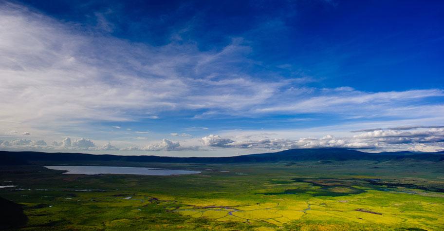 Tanzania Safari Ngorongoro Krater Landschaft traumhaft